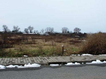 Stavebný pozemok o výmere 673m2 priamo v centre obce (SP04)