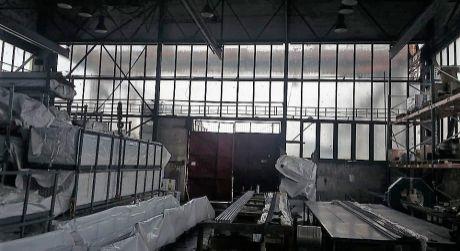 Prenájom - výrobná hala s oploteným dvorom v Komárne