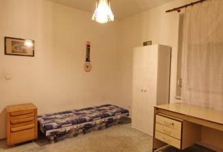 dve izby v samostatnej časti rodinného domu