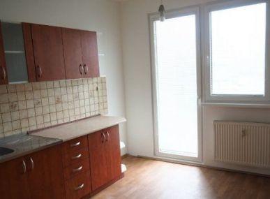 Maxfin Real - ponúka na predaj 3-izbový byt v Nitre-Klokočina