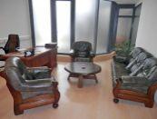 Nadštandardné kancelárie s garážou v centre Nitry na prenájom