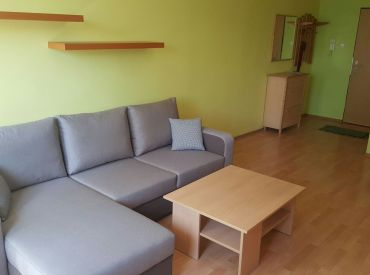 2izb. zariadený byt na Družbe o výmere 50m2 plus 2x balkón