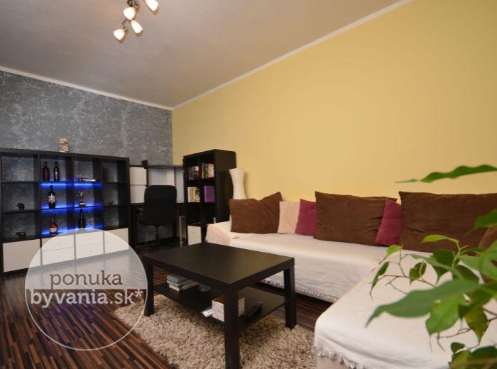 PREDANÉ - MAMATEYOVA, 2-i byt, 53 m2 – ZAČIATOK PETRŽALKY, kompletná rekonštrukcia, samostatná kuchyňa, 2x vstavaná skriňa, BEZPROBLÉMOVÉ PARKOVANIE
