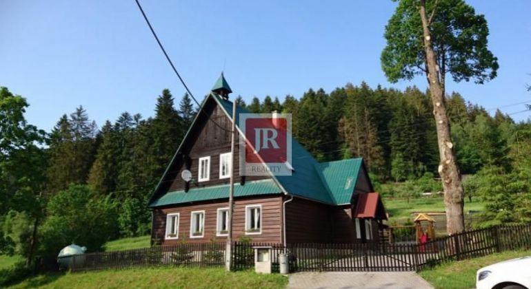 Predaj veľkej chaty - drevenice v Zákopčí - aj na firemné využitie