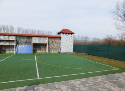 Areté real, Predaj 810m2 stavebného, pekne upraveného pozemku v novej lokalite v obci Vinosady