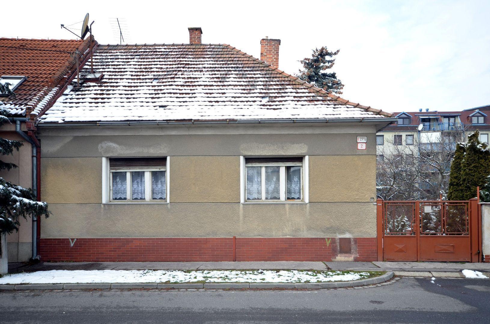 ponukabyvania.sk_Telocvičná_Rodinný-dom_HRNČIAR