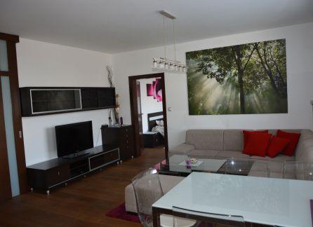 StarBrokers – Exkluzívne iba u nás – Prenájom slnečného 2-izbového bytu na Kramároch s parkovaním