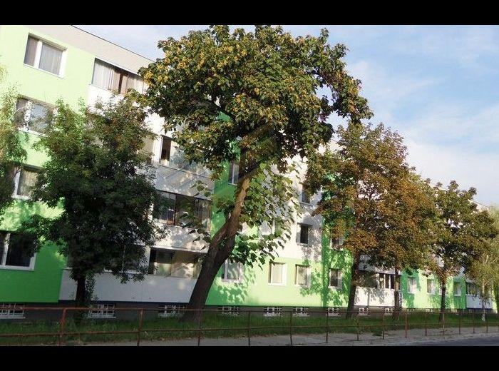 PREDANÉ - BIELORUSKÁ, 3–i byt, 75 m2 - slnečný, balkón, ŠATNÍK, pivnica, neďaleko MALÉHO DUNAJA a LESÍKA
