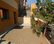 Predaj, väčší 1-izbový byt s terasou a v tichej lokalite