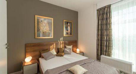 2 - izbový byt 45,3 m2 obytná plocha - Rajka