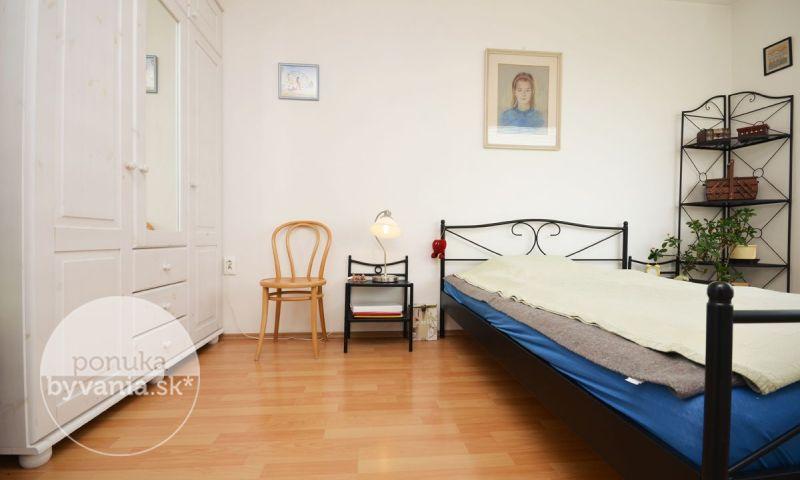 ponukabyvania.sk_Píniová_2-izbový-byt_KOVÁČ