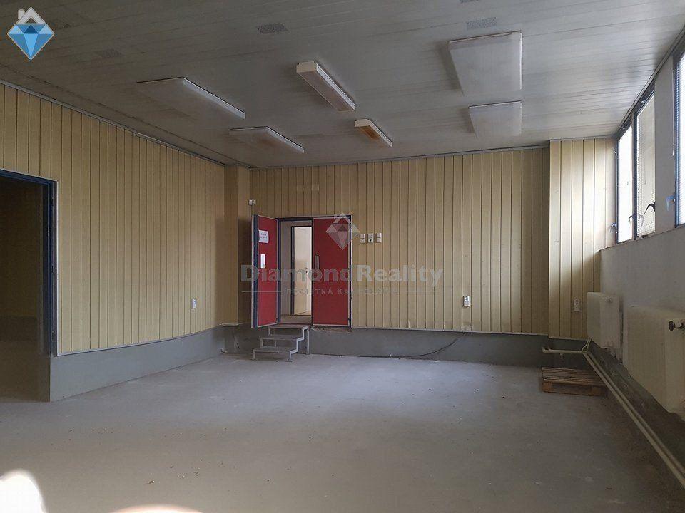 Administratívny objekt-Predaj-Prešov-415000.00 €