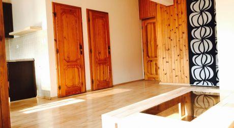 Slnečný 2-izbový byt v centre mesta