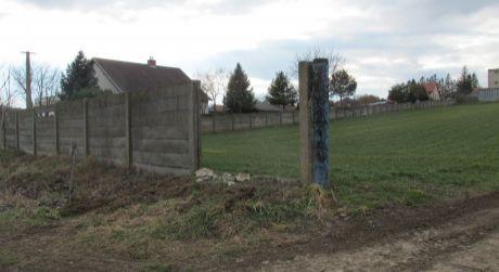 EXKLUZÍVNE  ZĽAVA Na predaj pozemok na stavbu rodinného domu v Nevidzanoch