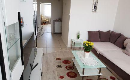 Veľký 4 izbový byt  s lodžiou, 79 m2, Fončorda, B. Bystrica – po  rekonštrukcii