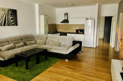 Prenájom 2-izbového bytu v EURO HOME STAR ( amfiteáter)
