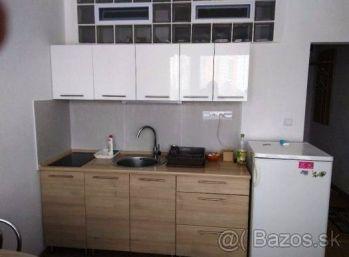 Jednoizbový byt 38 m2,-rekonštrukcia, PRENÁJOM
