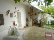 Predaj krásnej chalupy Habánsky dvor vo Veľkých Levároch