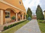 Predaj, 5i RD v lukratívnej časti Mosonmagyaróváru, 720 m2 pozemok