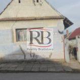 Stavený pozemok v Senici, čast Čáčov, 632m2