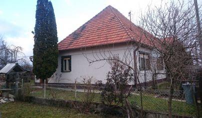Beladice rodinný dom, pozemok 2027 m2, okr. Zlaté Moravce