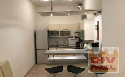 D+V real ponú na prenájom: 2 izbový byt, Bratislava I, Staré Mesto, Nám. Slobody, rezidencia Five stars, zariadený, v blízkosti Dell, Amazon, STU