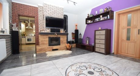 Dvojgeneračný rodinný dom 276 m2, kompletná rekonštrukcia, pozemok 766 m2,Jacovce