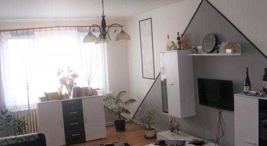Zariadený 2 izbový byt na predaj, Bátka
