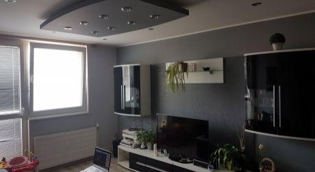 Na predaj 3-izb prerobený byt v Nových Zámkoch v blízkosti žel.stanice..ODPORÚČAM!