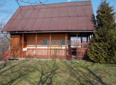 MAXFIN REAL na predaj  2 krásne viničné domčeky s veľkou vinicou v romantickom prostredí kataster Vinodol 20km od Nitry