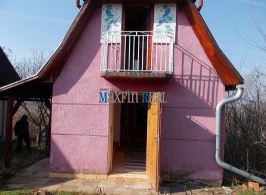 MAXFIN REAL na predaj viničný domček s pozemkom a vinicou 2368m2 v krásnom prostredí kataster Vinodol