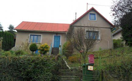 Predám dom na chalupárčenie v malebnej oblasti v Banskej Štiavnici.