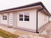 Samostatne stojaci 4 izbový RODINNÝ DOM - novostavba V SENCI s garážou