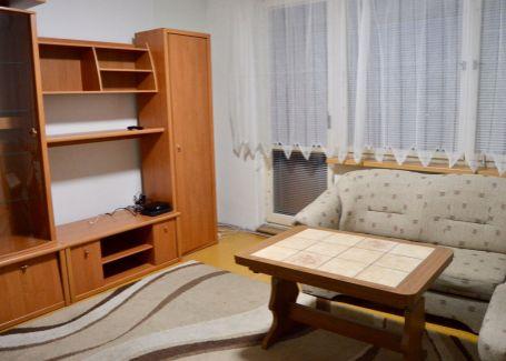 Prenájom slnečného bytu s loggiou, TV+NET, 34m2