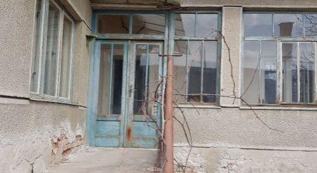 Ponúkame na predaj rodinný dom v obci Kamenica nad Hronom.