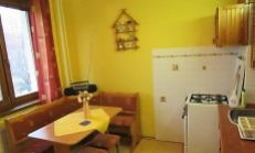 Na predaj priestranný byt, 50 m2, pri Auparku
