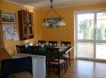 Predaj 5 izb. domu v dvojdome v tichej časti Dunajskej Lužnej, Nová Lipnica s dvojgarážou, pozemok 355m2, ÚP 142m2.