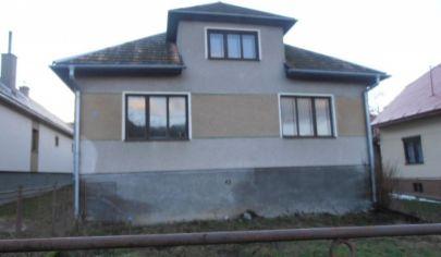 NOLČOVO rodinný dom na poz. 1790m2, okr. Martin