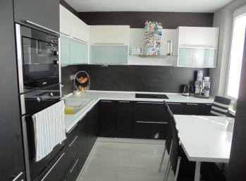 2-i byt, 64 m2 , kompletná rekonštrukcia, , TOP LOKALITA