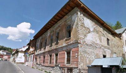 BANSKA ŠTIAVNICA  historická budova na predaj .pozemok 281m2.