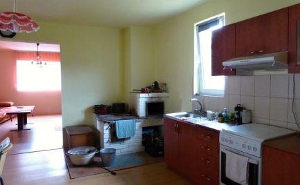 Dom v rázovitej dedinke - Pohorelá - Nízke Tatry