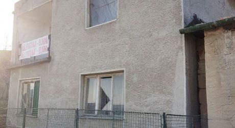 Ponúkame na predaj rodinný dom v obci Chľaba.