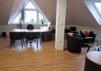 Ponúkame Vám na prenájom zariadený kancelársky priestor, Dubnica nad Váhom.