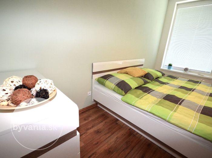 REZIDENCIE MACHNÁČ, 2-i byt, 67 m2 – zariadený byt v lukratívnej NOVOSTAVBE, prestížne bývanie pri HORSKOM PARKU