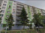 rezervovaný 3 izb. byt, Chlumeckého ul., zrekonštr. podľa Vašich predstáv