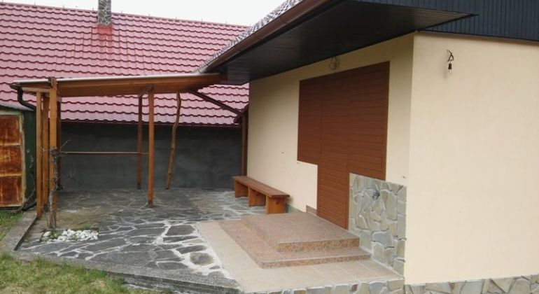 Na predaj celoročne obývateľná chata v Skalici.