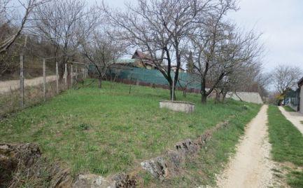 Pozemok -  záhrada, záhr. oblasť smer Čachtice