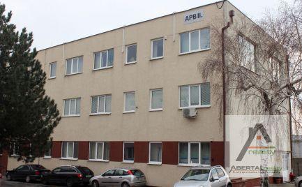 Kancelárske a skladové priestory do prenájmu - super cena, výborné dopravné napojenie - Rača, Púchovská ulica