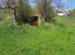 Slnečný pozemok na okraji obce Dubová so sadom ovocných stromov