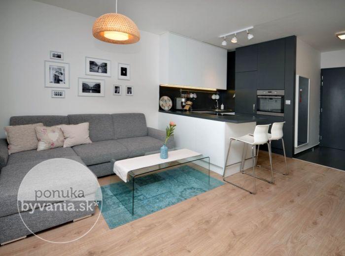 PREDANÉ - RUSOVSKÁ CESTA, 2-i byt, 46 m2 - novostavba PETRŽALKACITY I., výborný výhľad, KOMPLETNE ZARIADENÝ